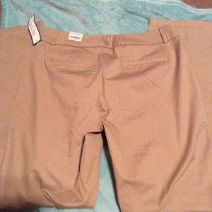 Dockers Pants - Dockers Women's size 10 ideal fit khakis